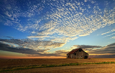 Iowa Barn at Sunset November 10, 2008